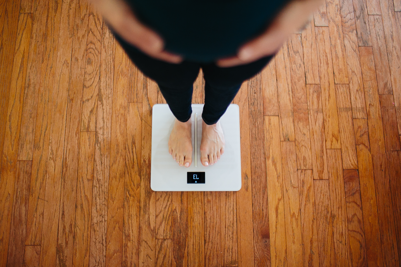 was ist ein gesundes gewicht in der schwangerschaft. Black Bedroom Furniture Sets. Home Design Ideas